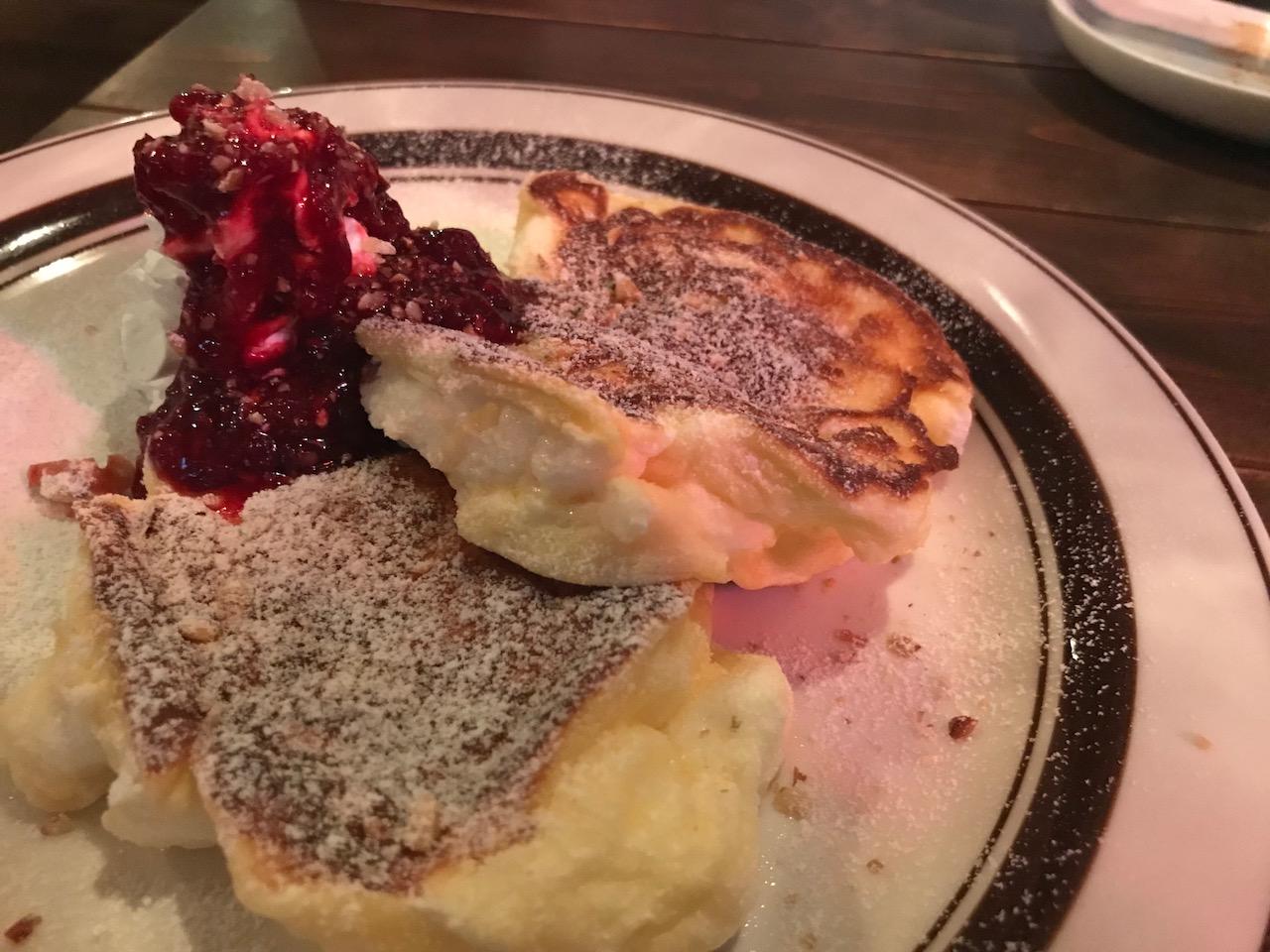 リピート確定!姫路駅前のバー「アヴィニョン(Avignon)のパンケーキがバリクソ美味かった!