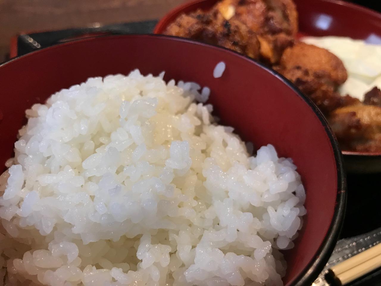 月間ランキング1位の牛凪!ワンコイン唐揚げ食べ放題ランチを食べてきた!