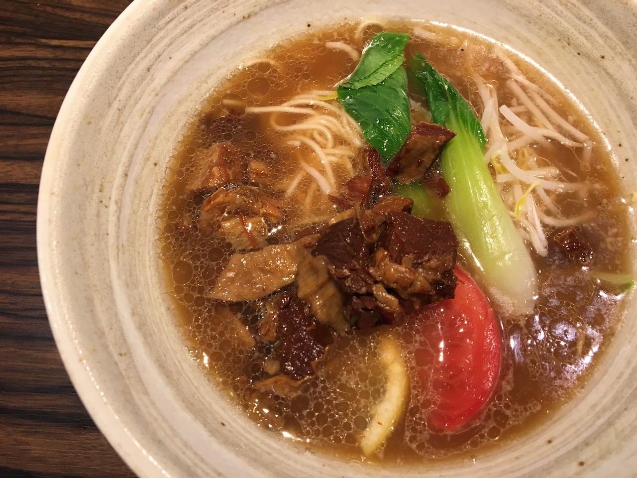 神戸三宮の地下街サンチカ麺ロード内にある「さんげん 縁(えにし)」に行ってきた